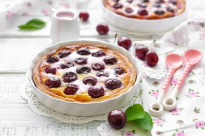 Francuski dezert sa trešnjama